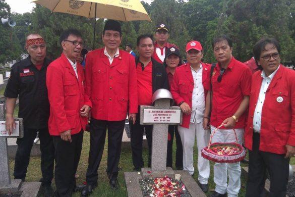 Makam Pahlawan 'Merah Putih' Sulawesi Utara di Jakarta, diziarahi ratusan massa